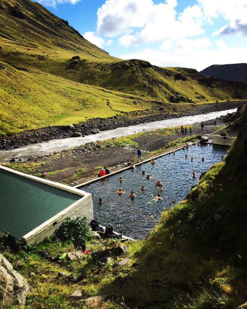 seljavellir-the-hidden-pool1